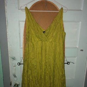 Green rosy summer dress
